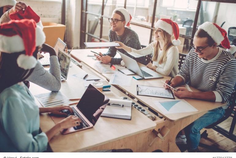 Weihnachtsdeko Papiersterne.20 Ideen Für Die Weihnachtsdeko Im Büro Büromöbel Experte